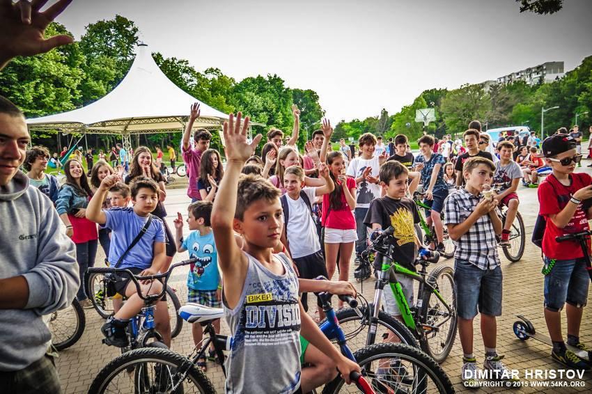фестивал, екстремни спортове, база, деца. състезание по скейтборд, турнир по баскет, добрич,