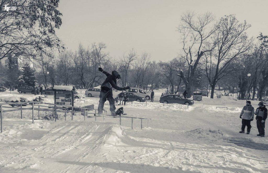 сноуборд, сняг, frontboardslide, пловдив, кюфтета, база,